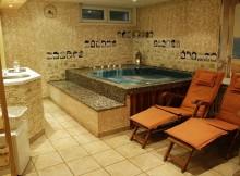 Privátní vířivka se saunou (Studio Siesta)