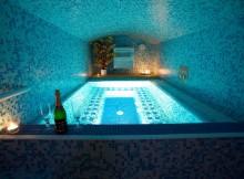 Relax Club Praha - Vířivka se saunou